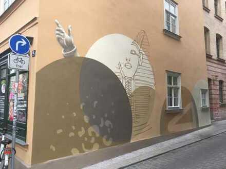 Schöne, helle 2-R.-Whg. mit Terrasse und EBK im Einzeldenkmal sucht Nachmieter/in