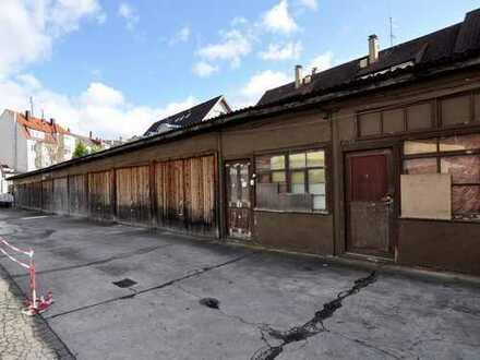 Kapitalanleger aufgepasst: Grundstück mit Garagen