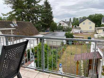 Gepflegte 3-Zimmer-Wohnung mit Südwestbalkon in Flörsheim am Main