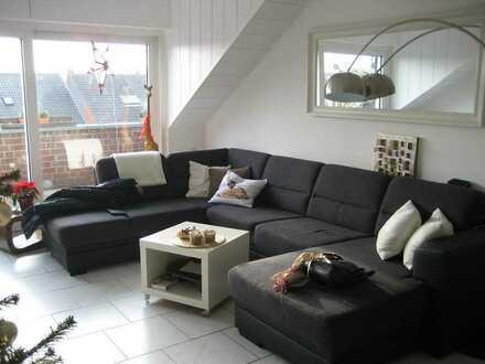 Helle, lichtdurchflutete drei Zimmer Wohnung mit Aussicht und Südbalkon, Moers (WG geeignet)