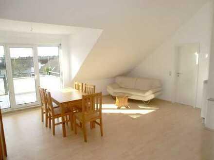 Sonnige Top 2-Zi.-Wohnung mit grosser Dachterrasse, provisionsfrei
