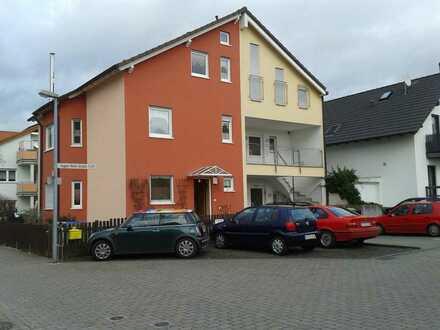 Schöne Doppelhaushälfte mit 5 Zimmer in Rodgau