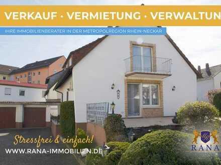 """Freistehendes Einfamilienhaus mit Terrasse, Garten & Garagen in """"fast"""" zentraler Lage von Worms"""