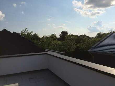 große Dachterrasse mit tollem Ausblick