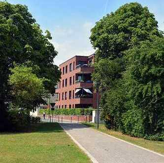 CLOUTH direkt am Park, sehr helle 4-Zimmer DG-Wohnung, 2 Terrassen, Süd-West-Ausrichtung