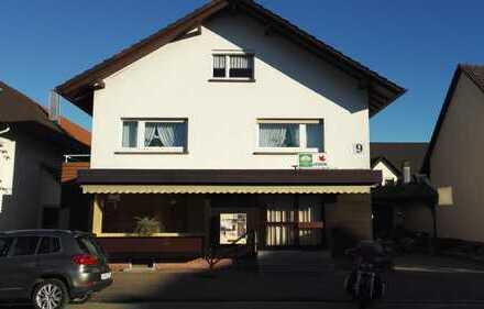 Günstig, zentral, mit Schaufenster: Tolle Ladenfläche für Bäckerei, Dönerladen, etc. in Rheinmünster
