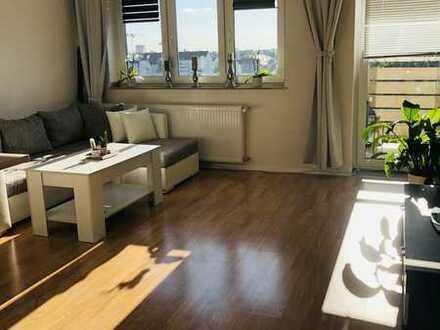 tolles Panorama! Renovierte 3 Zimmer mit Balkon