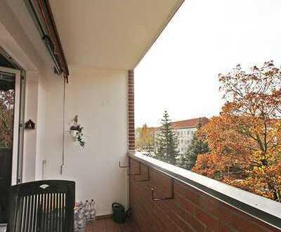 KORDES IMMOBILIEN: Sonnige 2-Zimmerwohnung mit Balkon