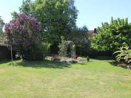 3 Zimmer Ergeschoßwohnung - - für Gartenliebhaber