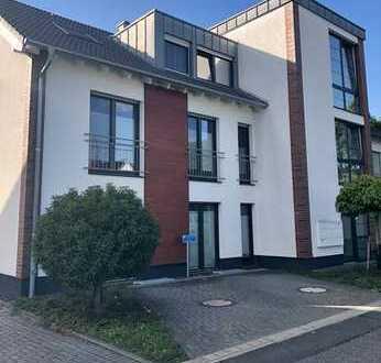 Top ausgestattete 3-Zimmerwohnung mit großem Balkon in ruhiger Lage von Korschenbroich-Glehn
