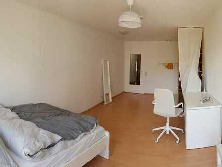 Ansprechende 1-Zimmer-Wohnung mit Balkon in Wilhelmstraße, Tübingen