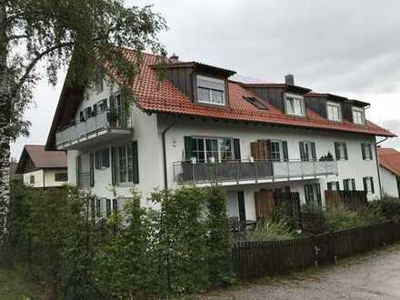 Exklusive, neuwertige 2-Zimmer-Maisonette-Wohnung mit Balkon in Dießen
