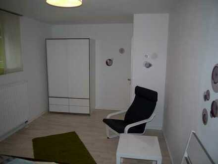An Wochenendpendler: 2 Zimmer ELW in zentraler Lage von Neckarsulm - voll möbliert