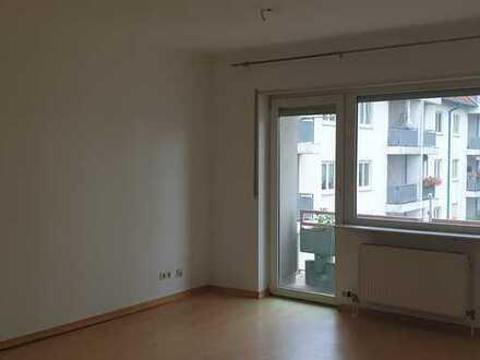 schöne helle 2 Zimmer Wohnung