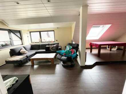 ! 4 % Rendite % ! Gepflegtes 3- 4 Familienhaus mit Garagen in Leverkusen-Rheindorf