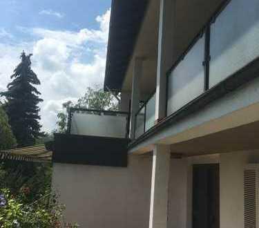 lichtdurchflutete 3-Zimmerwohnung mit Weitblick in Enzberg zu vermieten