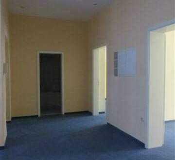 Top Lage 3 Zimmer 87 qm für nur 399,-- kalt Fußgängerzone