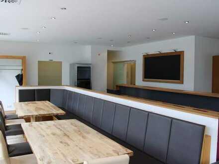 Topmoderne Gastronomieeinheit mit Außenbereich - ehemaliges Restaurant mit Eiscafé