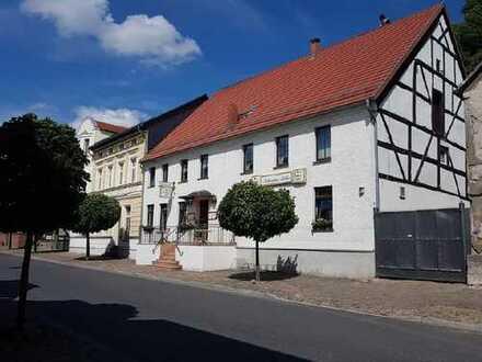 Traditionelle Gaststätte mit Wohnetage in einem historischen Haus in Oderberg