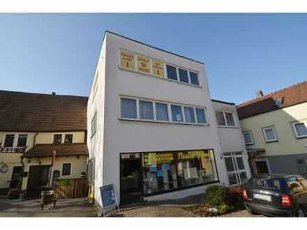 Wohn-u. Geschäftshaus, ca. 600 qm + 3 Garagen + weitere Stellplätze im Stadtzentrum von Lichtenfels