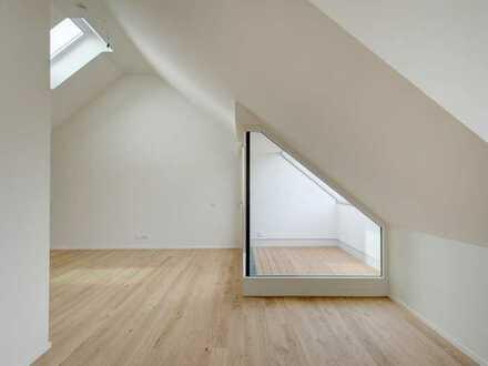 "Familien-Wohnung ""TRIPLE HOUSE"" am Hachinger-Bach. Im geschichtsträchtigen ""Saliterhof"" Altperlach!"