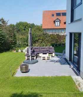 Provisionsfrei! 2-Zimmer Terrassenwohnung mit schönem Garten