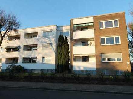 2-Zimmer-Wohnung mit Loggia und Garage in ruhiger Wohnlage am Stadtwald
