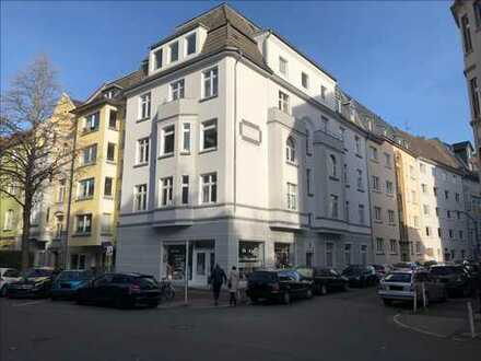 Altbau saniert - Kreuzviertel - 2,5 Zi.-Wohnung Erdgeschoss