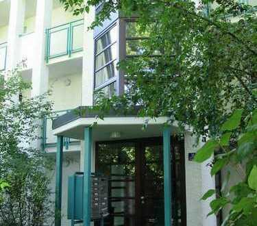 1-Zi. Apartment in 82008 München-Unterhaching, ruhig mit eigenem Gartenanteil, zentrale Lage