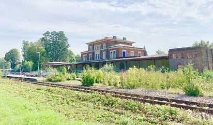 Neuötting: schöner historischer Bahnhof - vielseitig nutzbar - Denkmalschutz