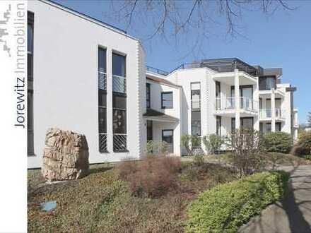 Bi-Theesen Südhang: Sonnige 3 Zimmer-Wohnung mit 2 Balkonen und neuer Einbauküche