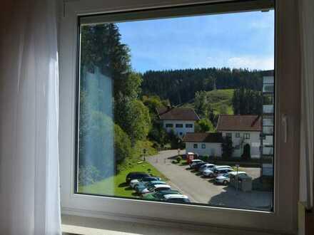 Modernisierte sonnige und ruhige 4-Zimmer-Wohnung mit Balkon in Weitnau