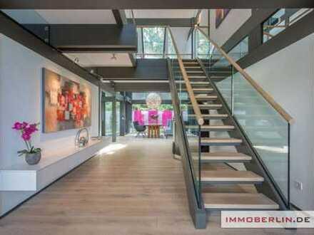 IMMOBERLIN: Luxuriöses Haus mit exquisitem Ambiente & Traumgarten in Toplage