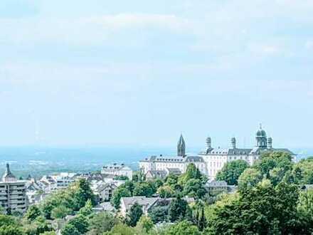 Terrassenwohnung mit Schlossblick in Bensberger Bestlage