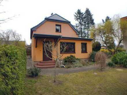 !!! Charmantes EFH in Hohen Neuendorf, zentrale Lage, PROVISIONSFREI direkt vom Eigentümer !!!