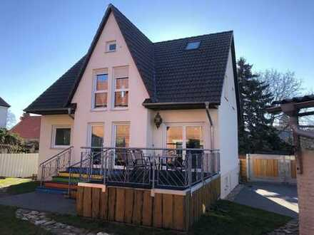 900 €, 143 m², 5 Zimmer