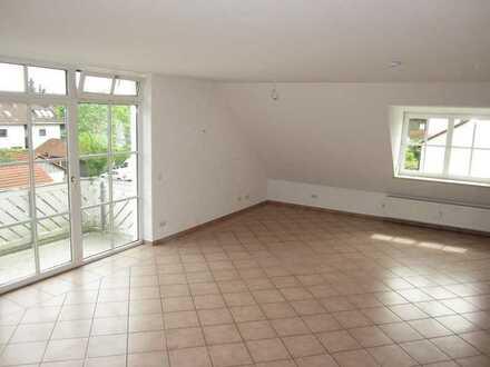 Schöne 2 - Zimmer - Wohnung mit Balkon in Petershausen S2 Bahn München