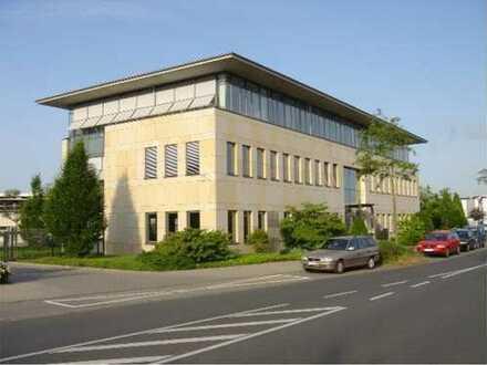 Moderne und flexibel nutzbare Büroetage im Gewerbegebiet Mannheim Nord