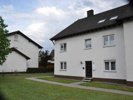 Schöne, ruhig gelegene Wohnung 2ZKB (64 m²) mit Terrasse und Stellplatz