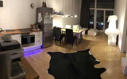 2-Zimmer Wohnung direkt am Südstadtpark mit Balkon!!