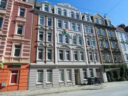 3 Zimmer Wohnung in der Rickmersstraße