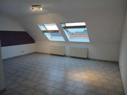 gepflegte 1-Zimmer-Wohnung mit Einbauküche in Mannheim zu verkaufen