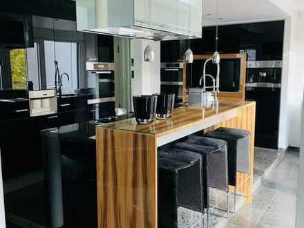 Luxuriöse 5-Zimmer-Maisonette-Wohnung in Hannover zu vermieten!