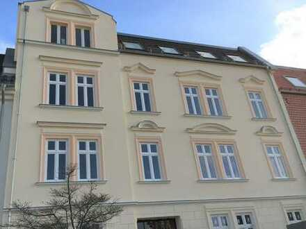 Bild_ERSTBEZUG NACH SANIERUNG! Traumhafte 1-Zimmer-Wohnung mit Terrasse&Pkw-Stellplatz in zentraler Lage