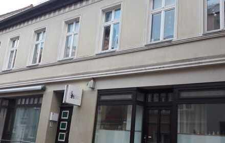 Helle drei Zimmer Maisonettenwohnung in Greifswald, direke Innenstadt