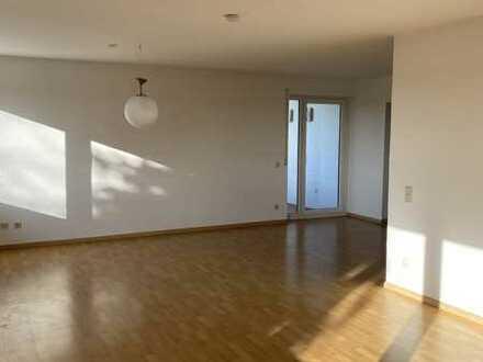 Helle, ansprechende 3-Zimmer-Wohnung in Gäufelden