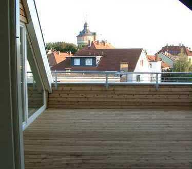 Toplage! Maisonette-Wohnung mit gr. Dachterrasse