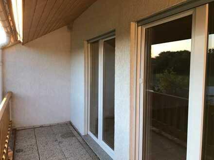 Günstige 3-Zimmer-Maisonette-Wohnung mit Balkon in Zittau -Pethau