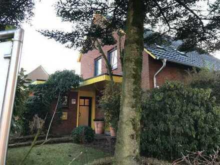 Provisionsfrei: Einfamilienhaus inkl. Bürofläche, Wintergarten, Doppelgarage privat zu verkaufen