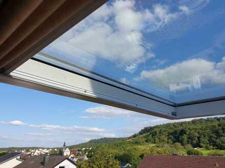 Neuwertige lichtdurchflutete 5-Zimmer-DG-Wohnung mit Balkon und Einbauküche in Neckarsulm